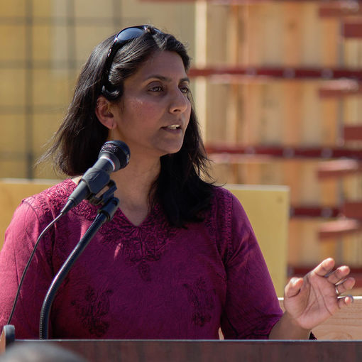 Kshama_Sawant_at_University_Commons_Groundbreaking.jpg